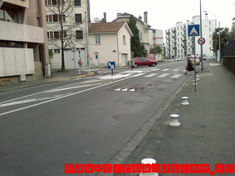 Coussins Berlinois avec ilôt de séparation de chaussée