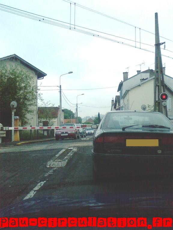 3e Fermeture du passage à niveau «rue de Gelos» (3)