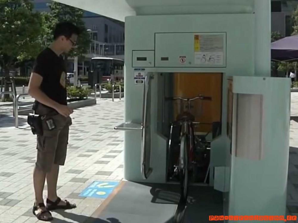 [Japon] Parkings pour vélos en silo