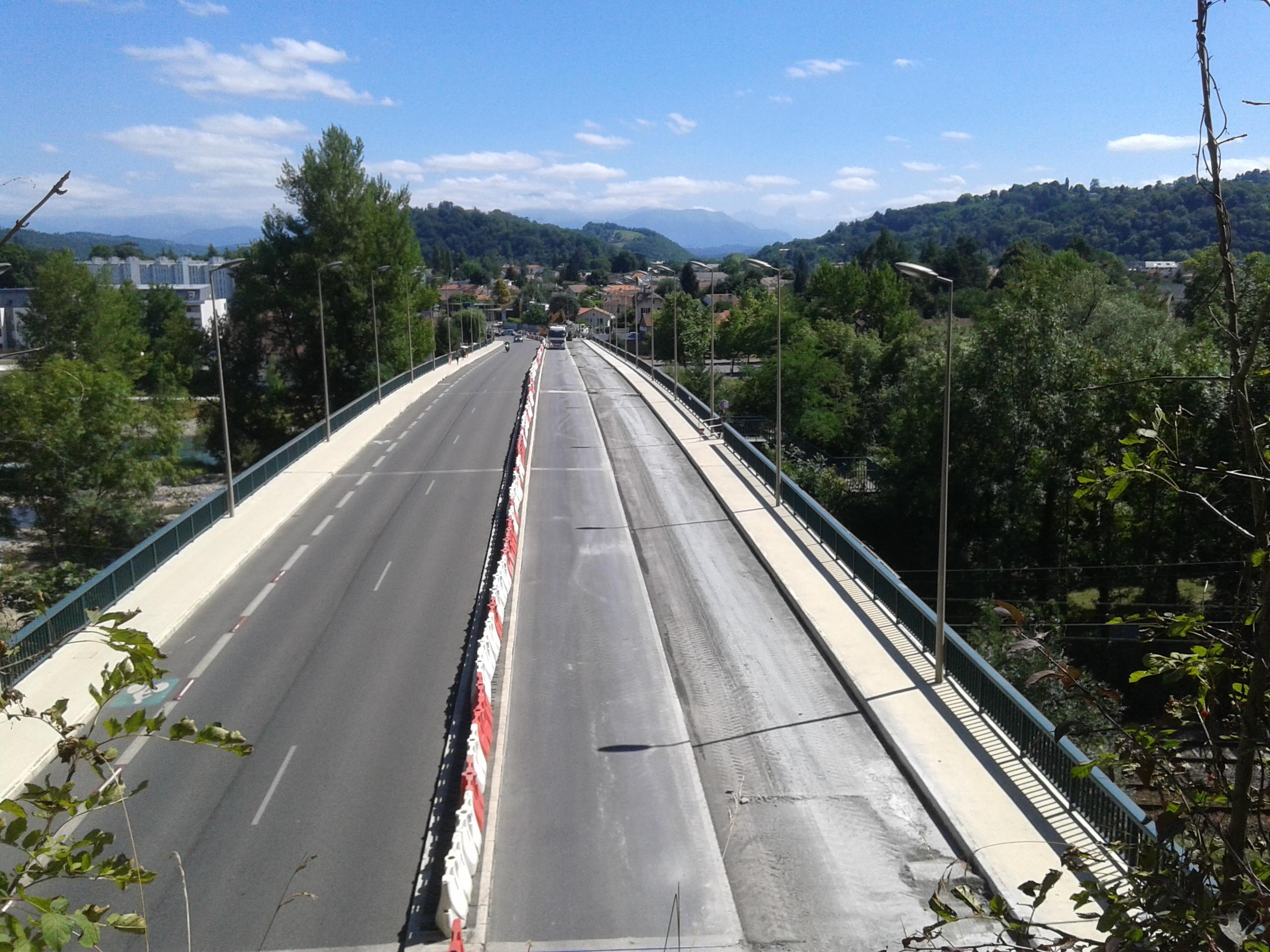 Le pont d'Espagne retrouve ses 4 voies pour voitures