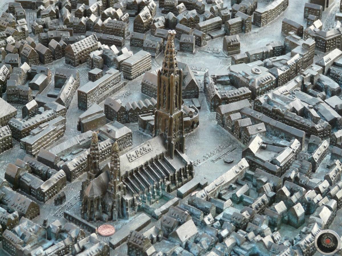 Images d'illustrations issues des plans reliefs réalisés dans d'autres villes françaises.